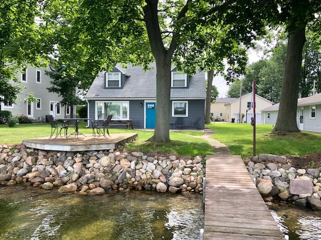 Gun Lake Cottage Rentals - #15 - Elmwood Beach 3BR 1 Full 2